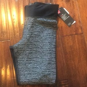 NWT Women's Under Armour Work Out Leggings